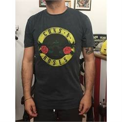 T-shirt Worn Guns and Roses