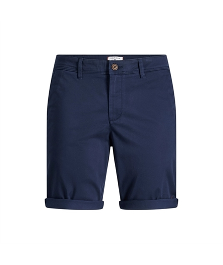 - Shorts chino regular fit